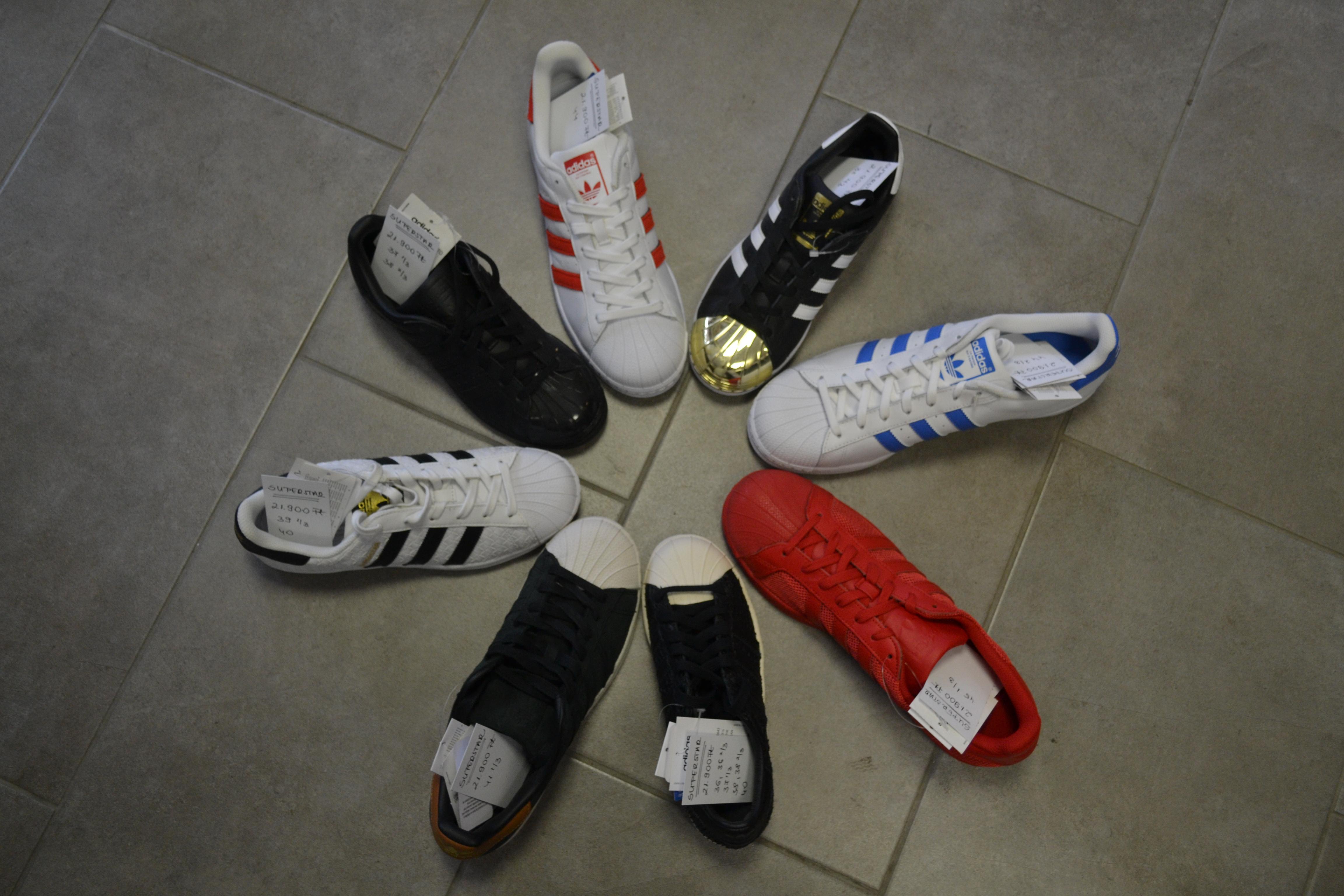 hatalmas eladás végkiárusitás érkező adidas rom shoes